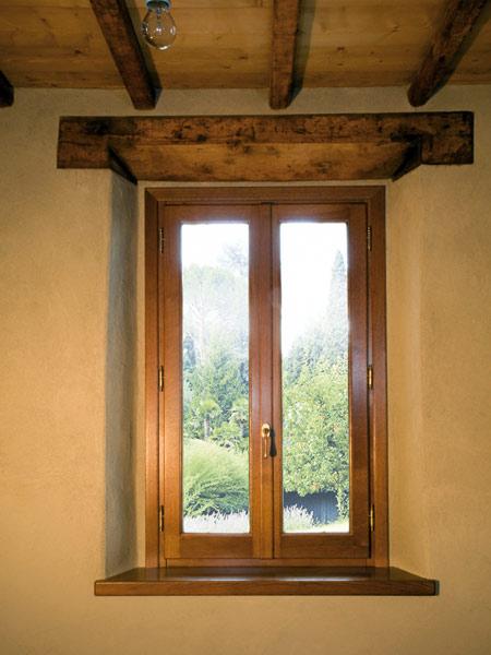 Restauro infissi reggio emilia sassuolo prezzi recupero - Restauro finestre in legno ...