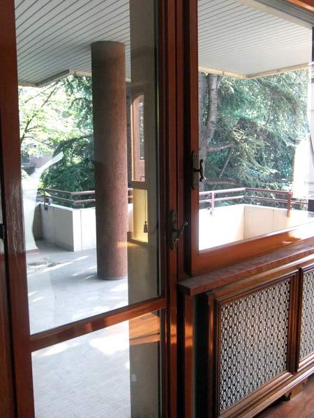 Rinnovo-finestre-in-legno-lamellare-sassuolo