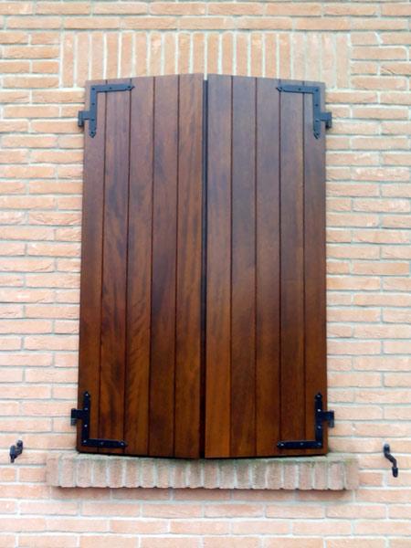 restauro scuri in legno reggio emilia sassuolo On scuri in legno per finestre
